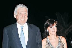 Συνεχίζεται ο έλεγχος για τον Γιάννο Παπαντωνίου και τη συζυγό του. Σε 46 ελληνικές τράπεζες είχαν κοντά στα 2,3 εκατ.ευρώ.